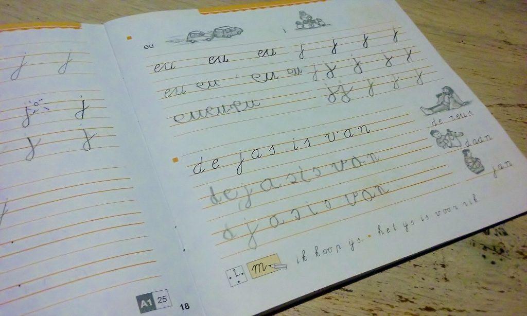 Schrijfboekje groep 3/4 - Massagepraktijk Aylin